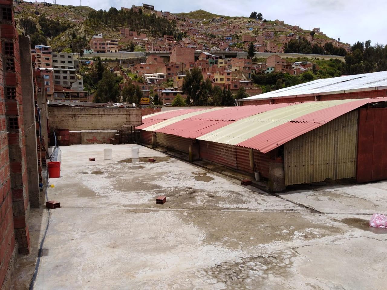 Edificio en Venta ACHACHICALA (Pura Pura) LA PAZ - BOLIVIA  Plena conjunción de Autopista La Paz - El Alto con Av. Chacaltaya Foto 21