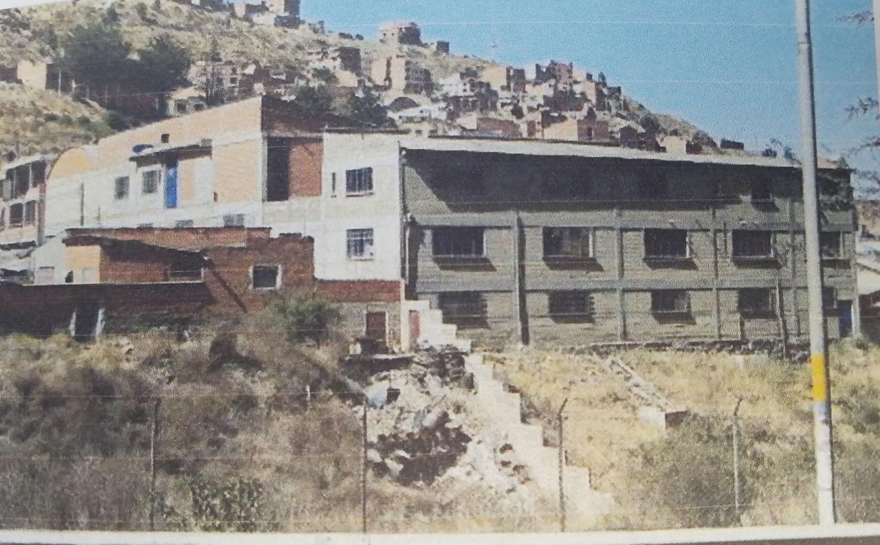 Edificio en Venta ACHACHICALA (Pura Pura) LA PAZ - BOLIVIA  Plena conjunción de Autopista La Paz - El Alto con Av. Chacaltaya Foto 30