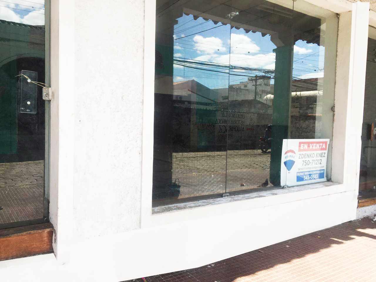 Local comercial en Venta Calle las Charcas  Foto 1