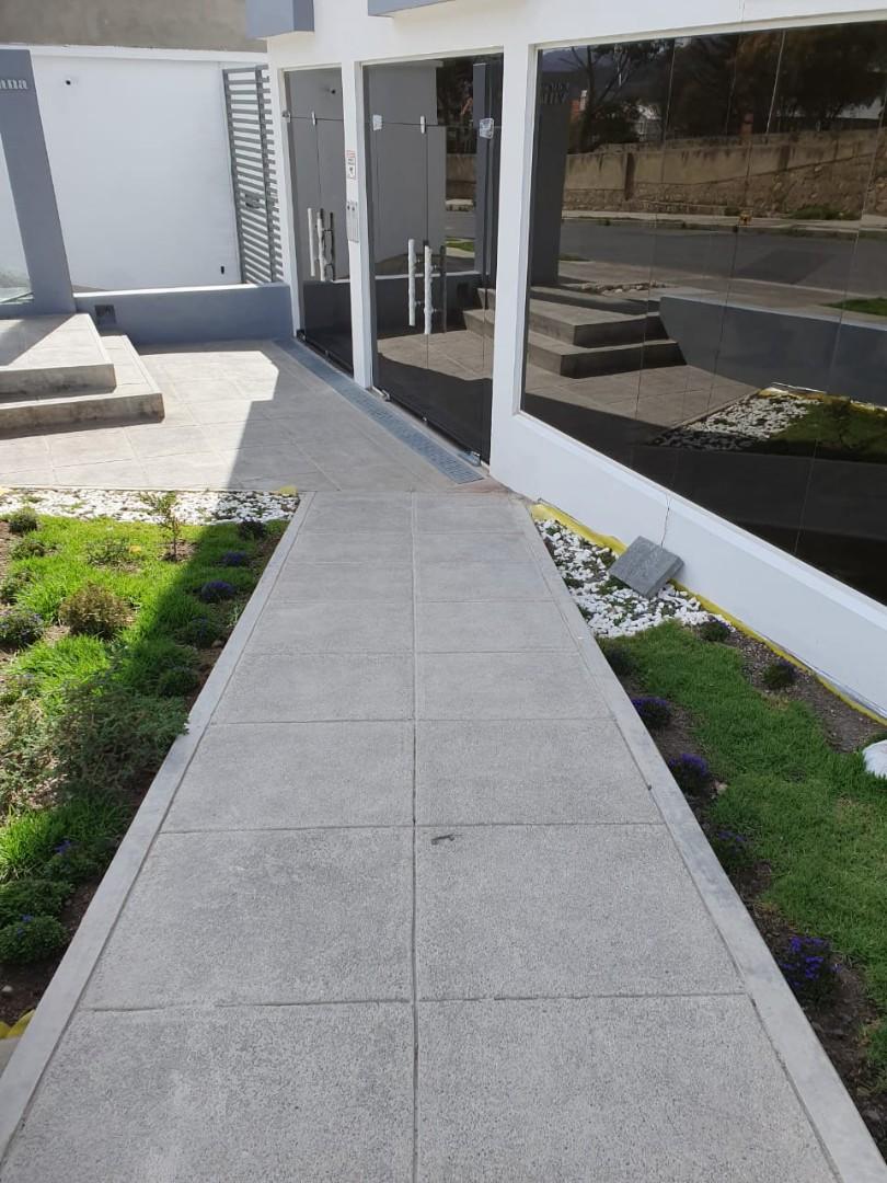 Oficina en Venta Av. Costanera, entre calles 25 y 26 Foto 3