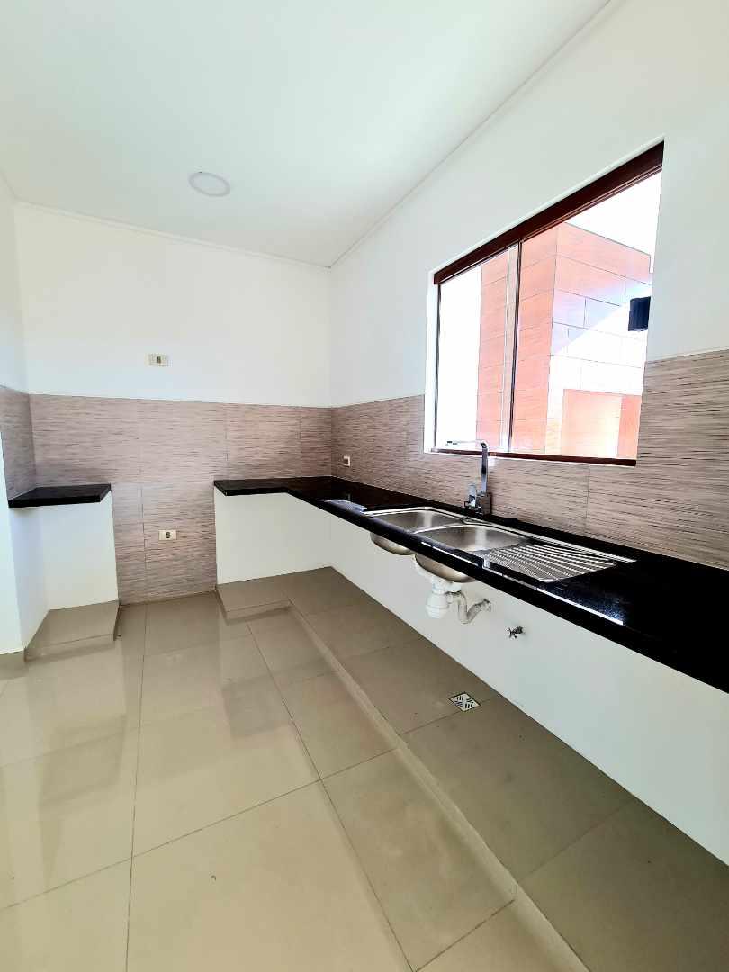 Casa en Venta Zona Norte km 8½ Hermosa Casa en Venta Condominio Cerrado Foto 13