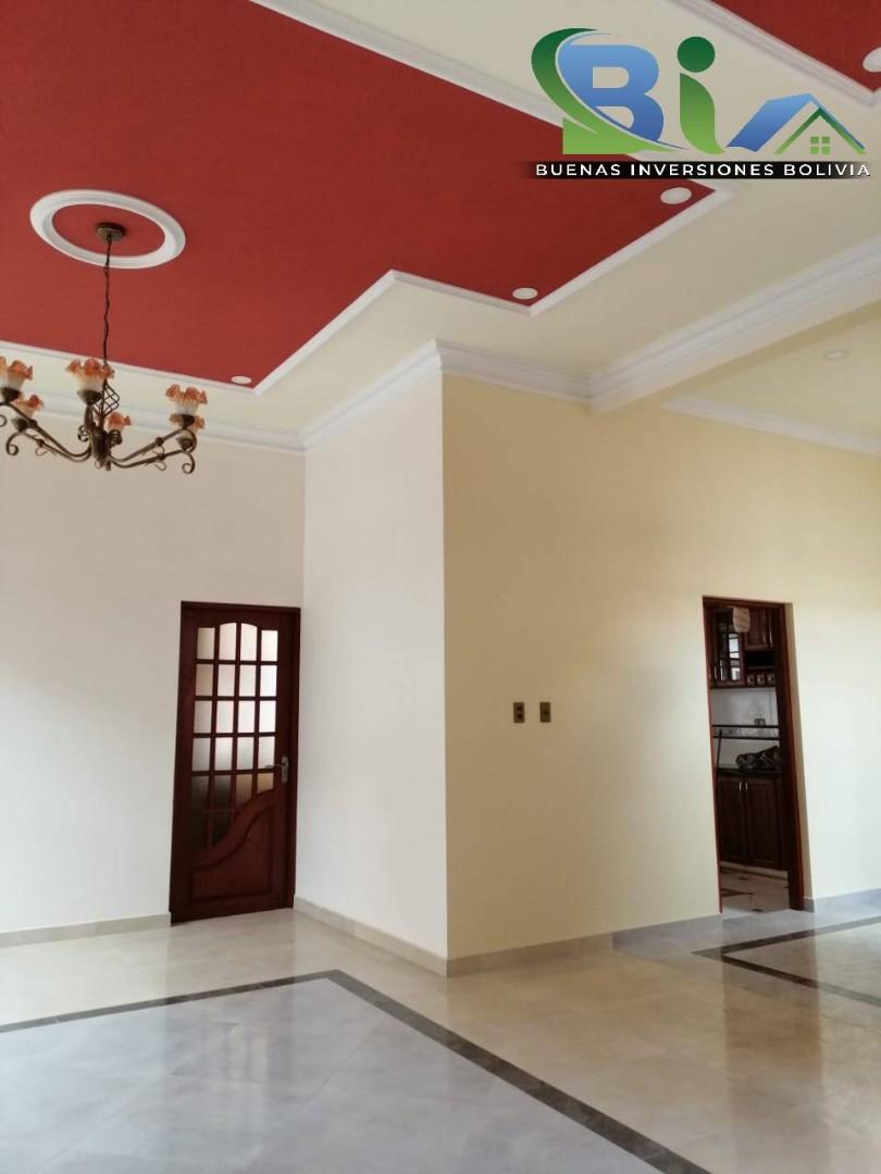 Casa en Venta $us 362.000.- CASA NUEVA PROX. PARQUE LINCOLN Foto 4