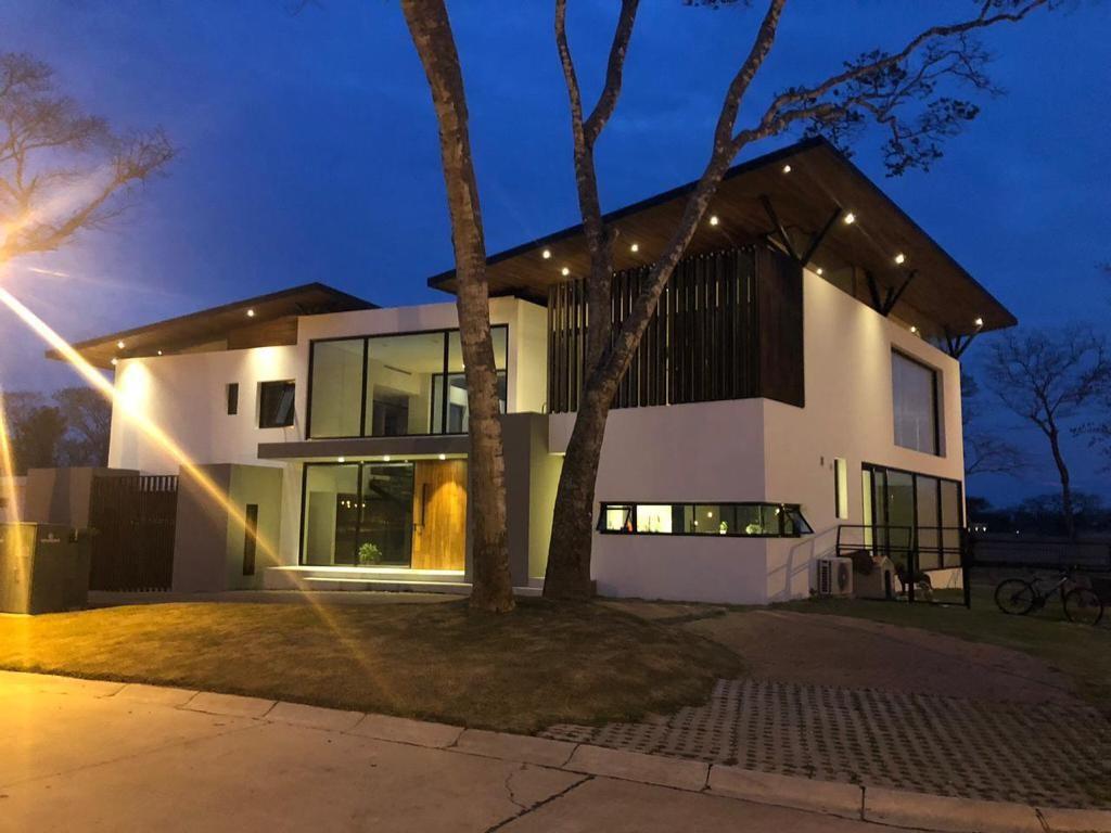 Casa en Venta COND. LA HACIENDA DEL URUBÓ Foto 5