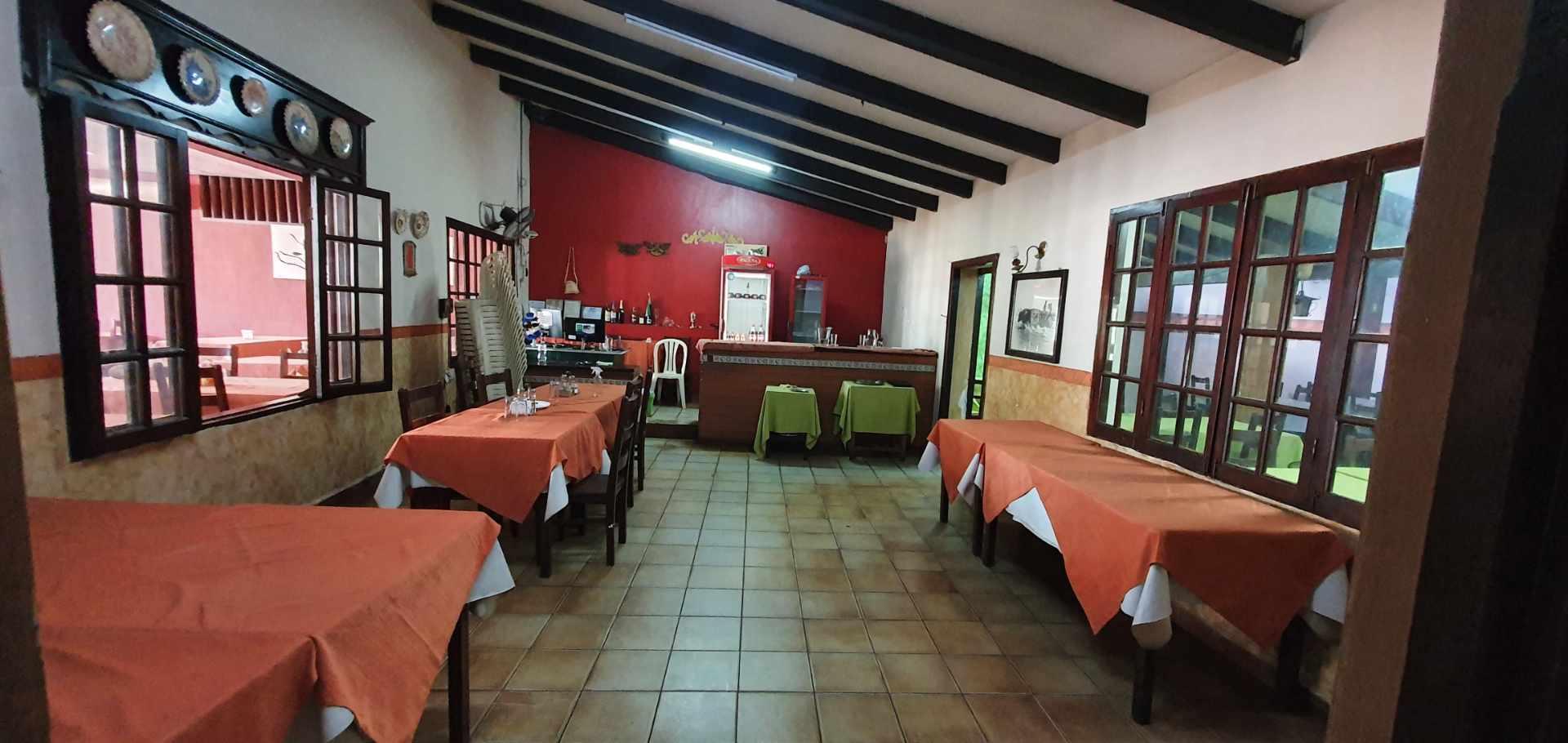 Local comercial en Venta Inmueble comercial Sobre el 2do anillo Entre Av. Alemana y Beni Foto 8