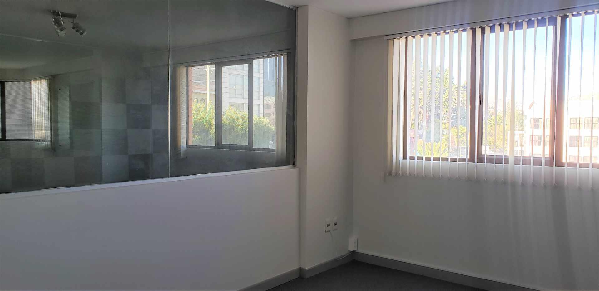 Oficina en Venta OBRAJES, OFICINA EN VENTA  Foto 8