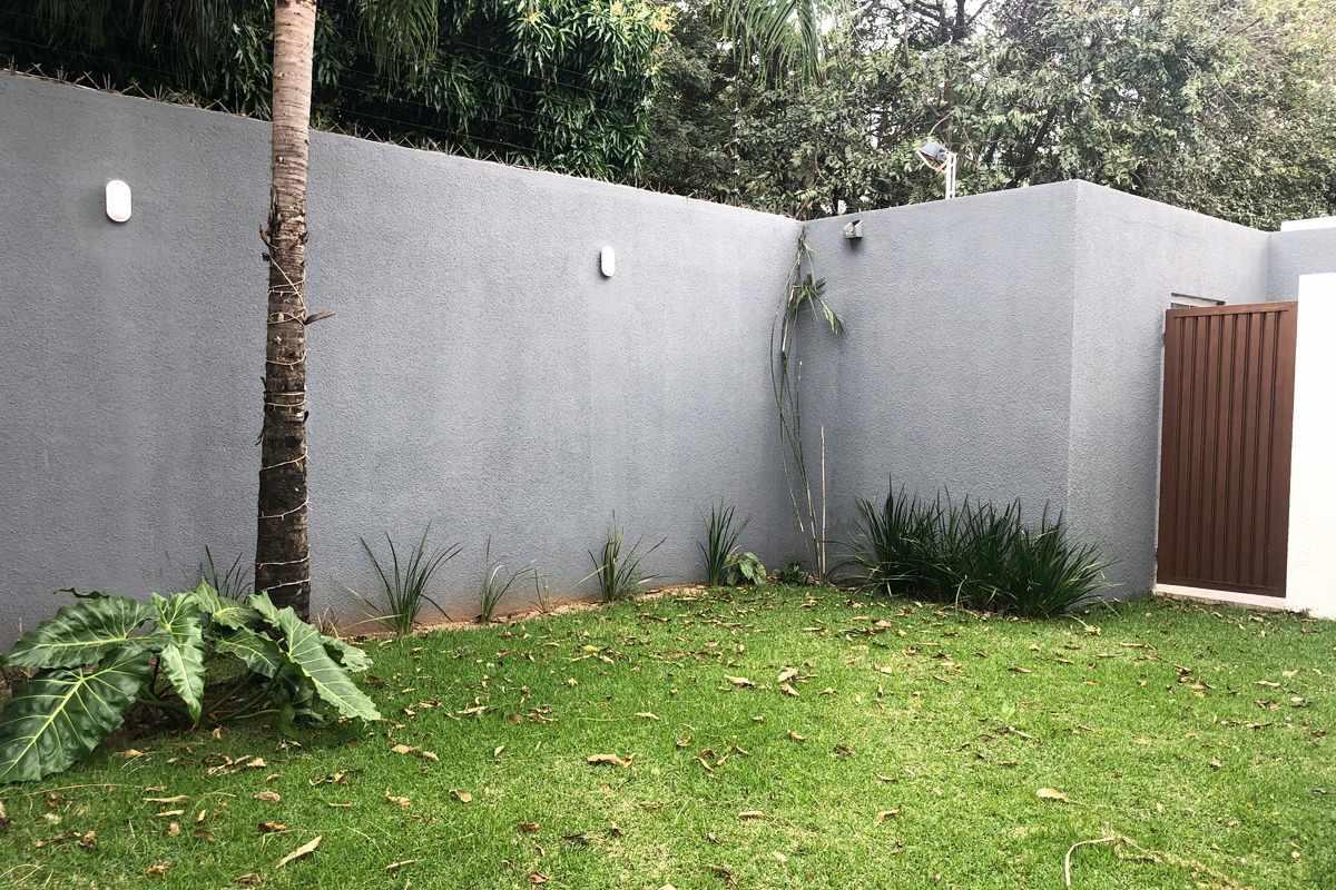 Casa en Alquiler Av. Radial 27 y 5to anillo Zona norte, condominio Villa del Milagro Foto 11