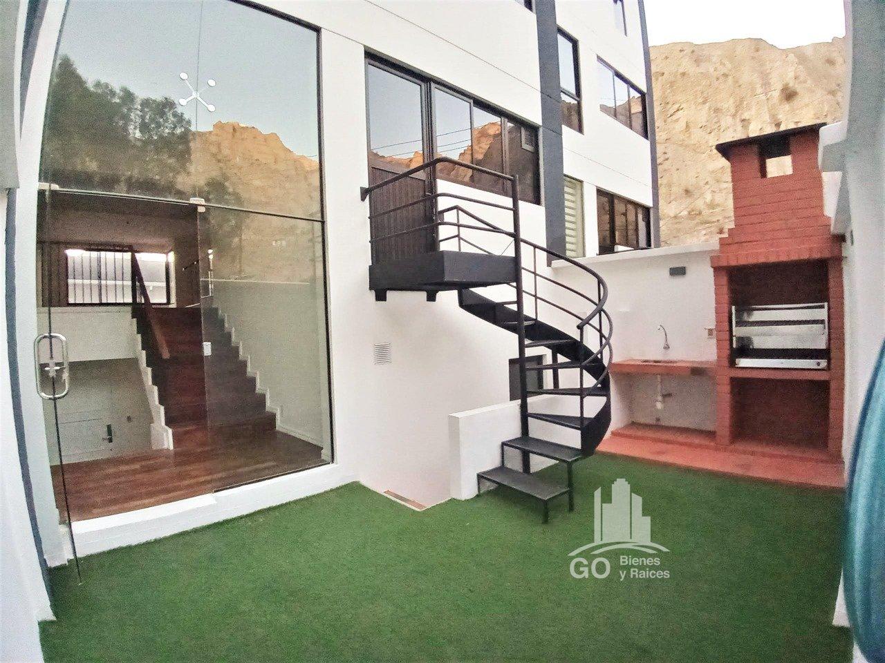 Casa en Venta ACHUMANI, Av. Alexander, La Paz Foto 6