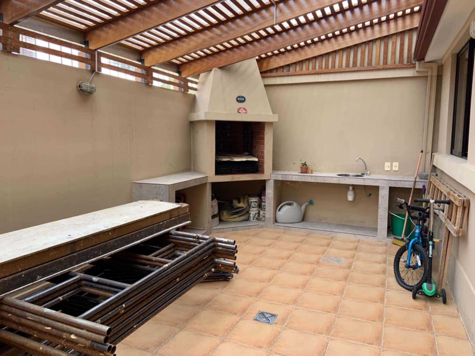 Casa en Venta Achumani inmediaciones del viaducto del Asilo San Ramón y también a la residencia americana. Altura calle 27  Foto 8