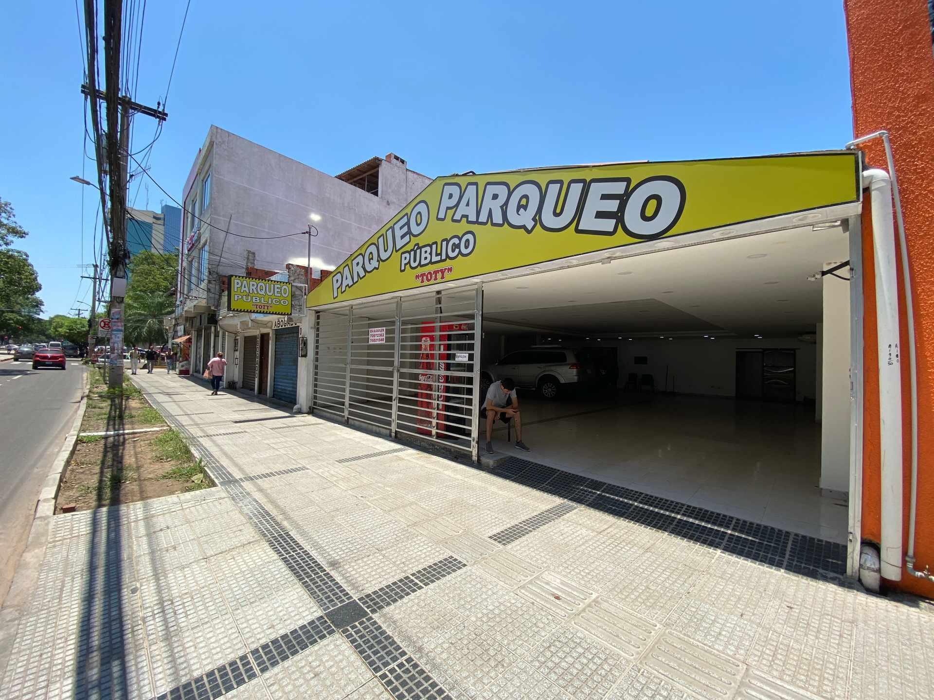 Local comercial en Venta Av. Uruguay Entre Calle Campero y Quijarro  Foto 1