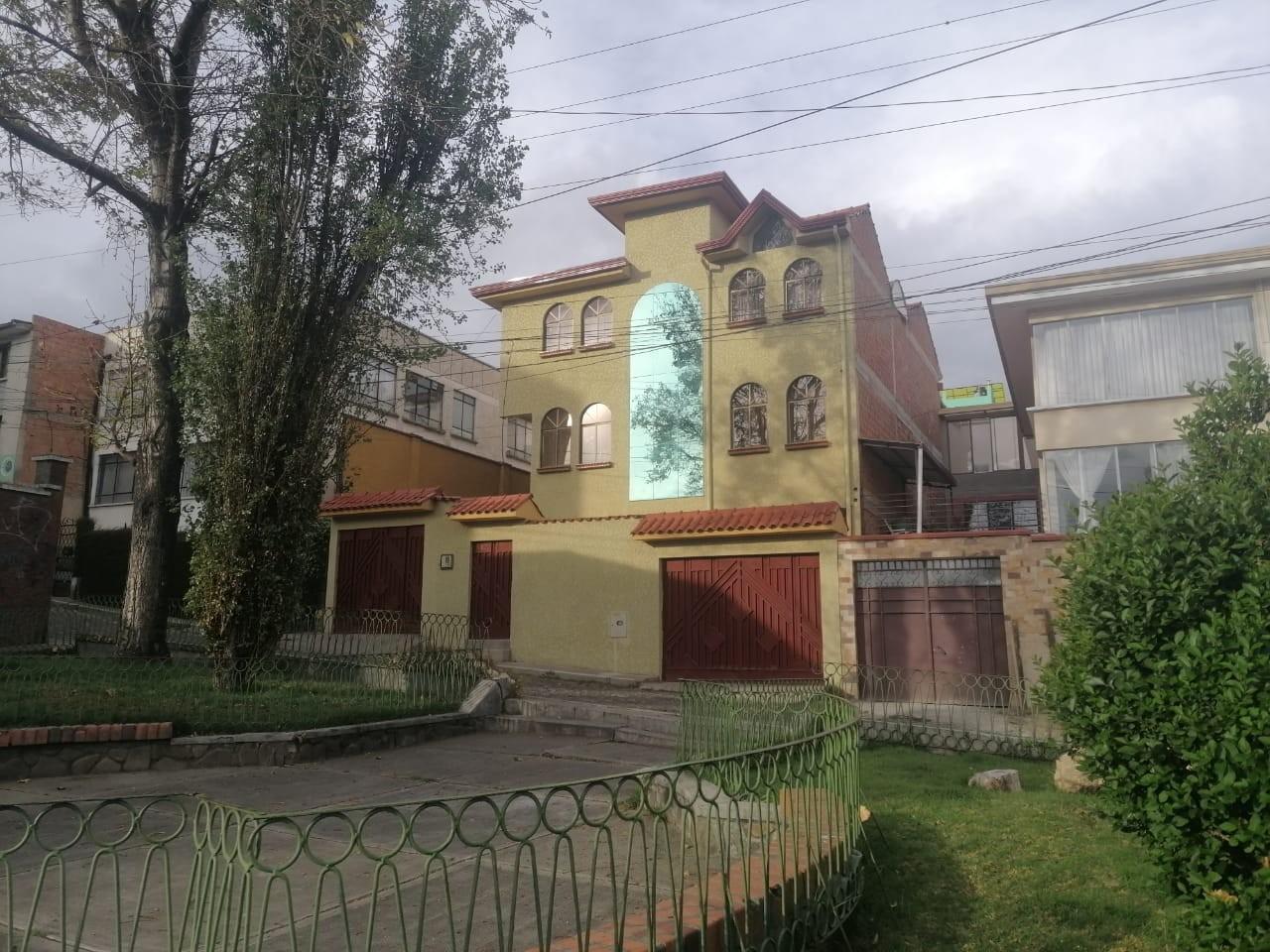 Casa en Venta BONITA CASA EN VENTA EN ALTO OBRAJES EN PLENA PLAZA AMISTAD Foto 18